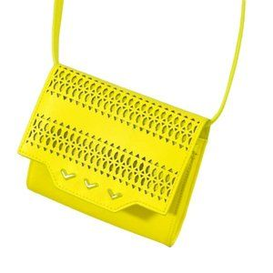 Stella & Dot Sidekick Cross body Yellow Purse